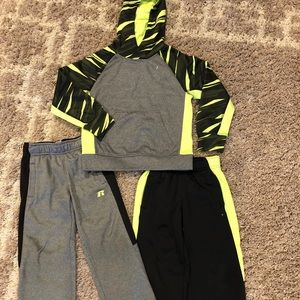 WC Russell 3 Piece Boys 4/5 Hoodie & 2 Pairs Pants